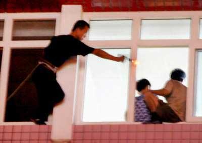 省会发生持刀劫持儿童事件 两名儿童被成功解救(图)