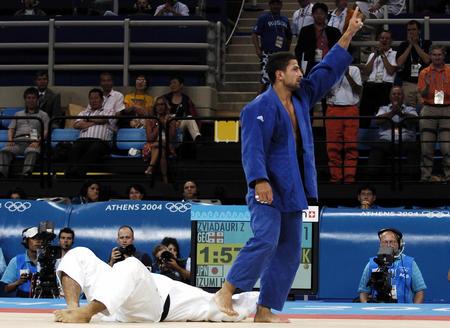 图文:柔道男子90公斤级