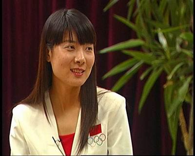 新闻会客厅专访杜丽:要将金牌献给母亲
