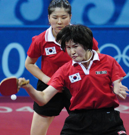 图文:乒乓球女双