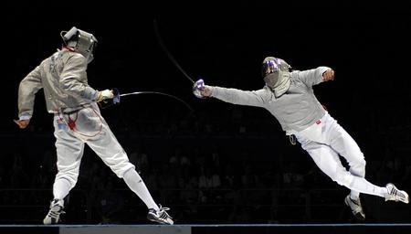 图文:男子佩剑团体决赛