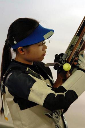 [奥运](4)射击�D�D王成意进入女子50米步枪三姿决赛