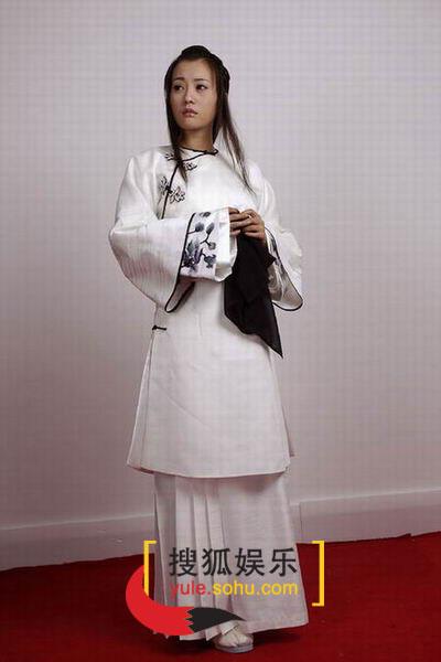 图:电视剧《烟花三月》演员定装照-郝蕾-27