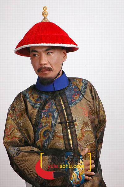 图:电视剧《烟花三月》演员定装照-屠洪刚-45