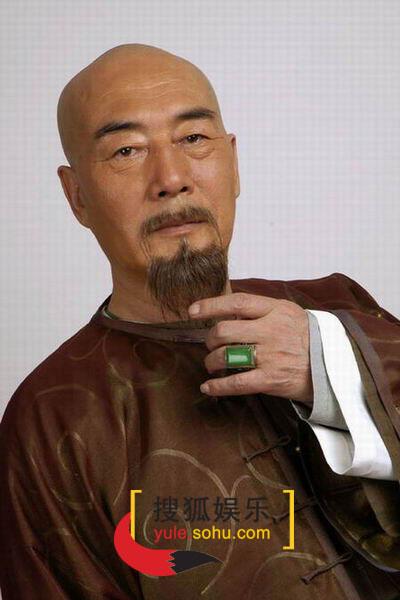 图:电视剧《烟花三月》演员定装照-杜雨露-39