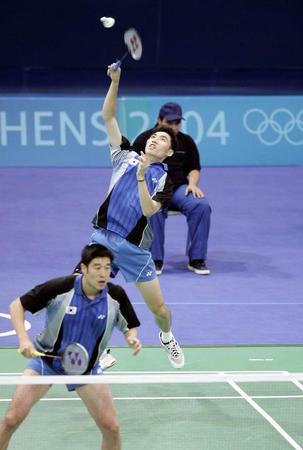 图文:羽毛球男双