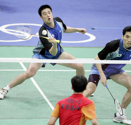 kwon)在雅典奥运会羽毛球男双比赛