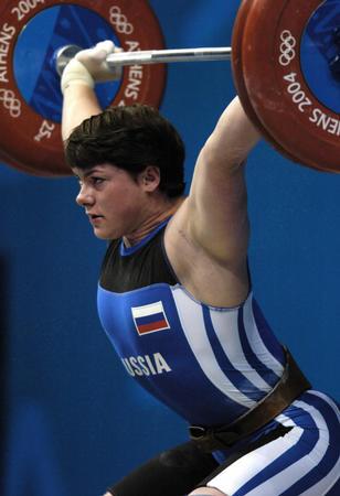 图文:举重女子75公斤级