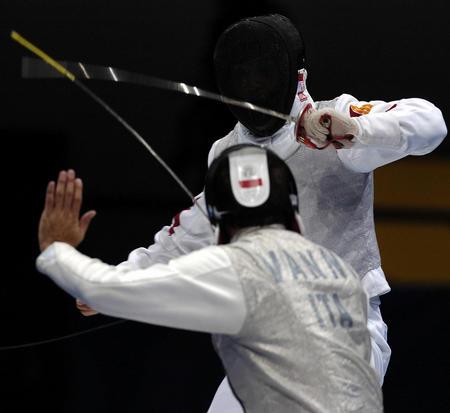 图文:男子花剑团体