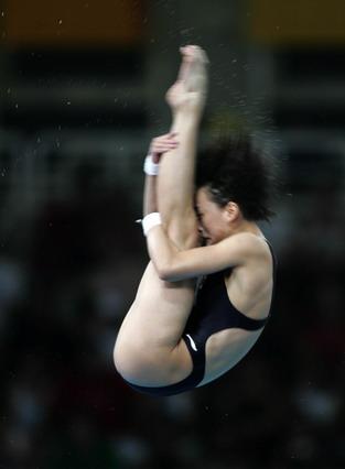 图文:女子十米跳台决赛 李婷获得第六