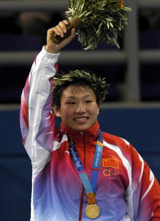 图文:女子自由式摔跤72公斤