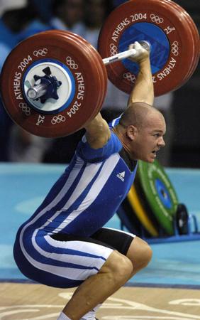 图文:举重男子94公斤级