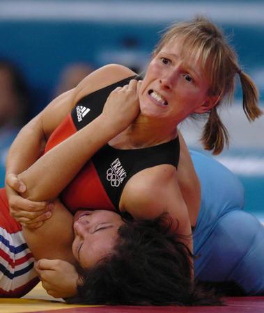图文:女子摔跤63公斤级