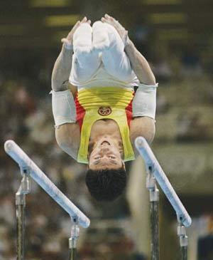 领军人物谢幕演出 中国体操时代宣告终结(图)
