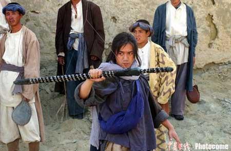《七剑下天山》开拍 <a href='http://index.yule.sohu.com/person/plist.php?userid=1841' target=_blank>王学兵</a>一展大侠风范(图)