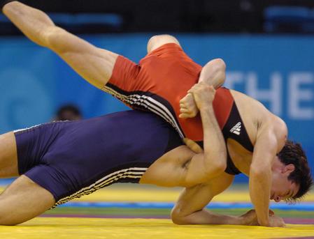 图文:男子古典式74公斤级