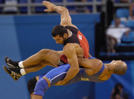 图文:男子古典式96公斤级