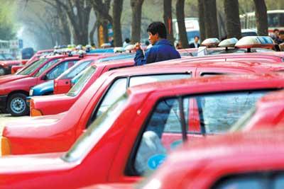 7万辆车陆续更新 销售商争夺促租车市场
