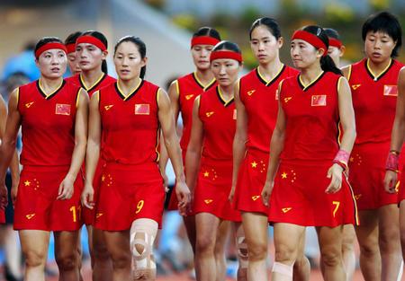 图文:中国女曲无缘奖牌