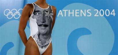 图文:奥运花絮图片 有创意的泳衣