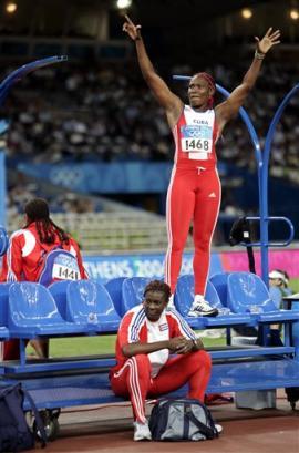 图文:奥运花絮图片 排练领奖台