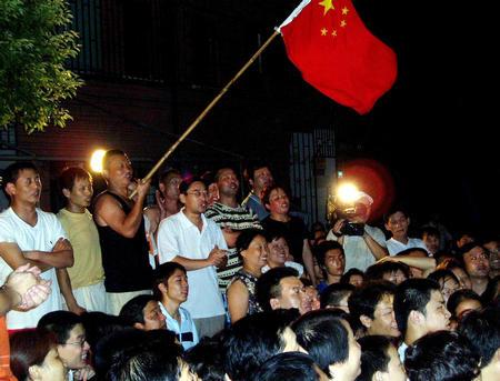 图文:刘翔在男子110米栏决赛夺冠