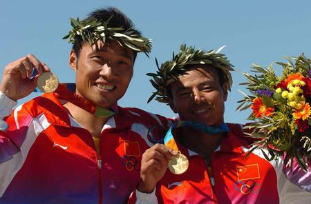图文:中国双人划艇500米摘金