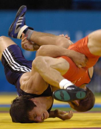 图文:自由式摔跤55公斤级