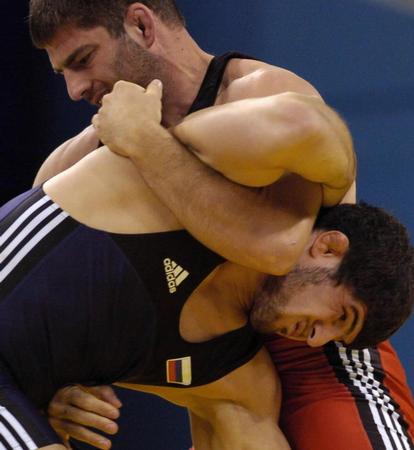 图文:摔跤男子自由式96公斤级