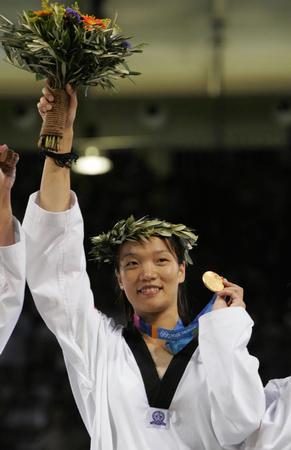 图文:跆拳道女子67公斤以上