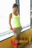 """图文:""""2004亚姐竞选""""记者招待会-2"""
