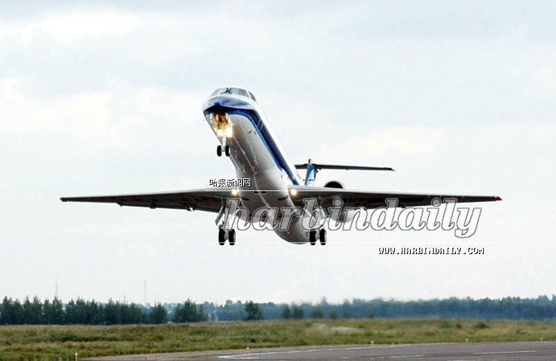 第三架国产喷气支线飞机交付(图)