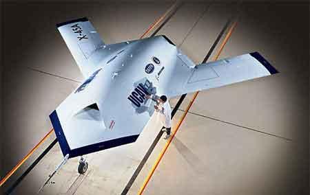 无人化兵器挑战信息化战场
