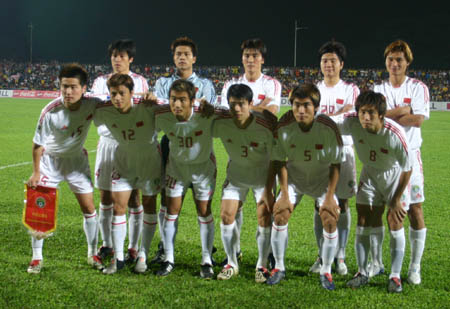 图文:中马之战中国1-0小胜 中国队首发阵容