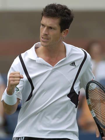 图文:亨曼首次晋级美网四强 胜利后也很绅士