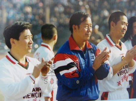 图文:中国明星足球队精彩图片-332