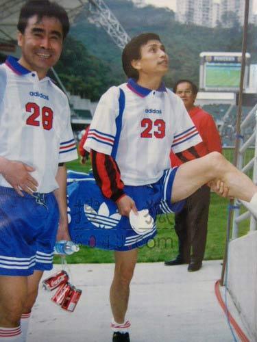 图文:中国明星足球队精彩图片-22