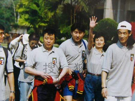 图文:中国明星足球队精彩图片-160