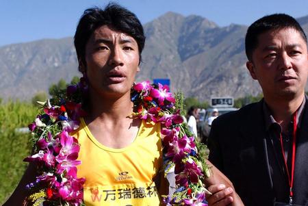 图文:西藏国际半程马拉赛