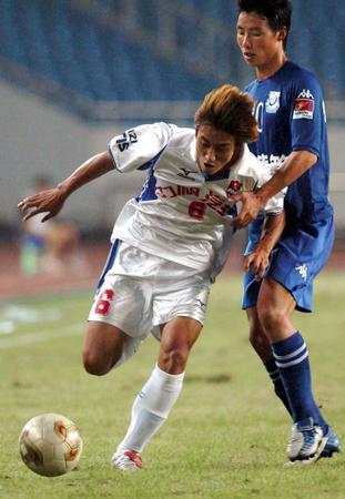 [体育](1)足球�D�D中超联赛:重庆力帆胜沈阳金德