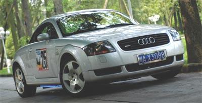 都市悍将--试驾奥迪 TT Roadster1.8T(图)