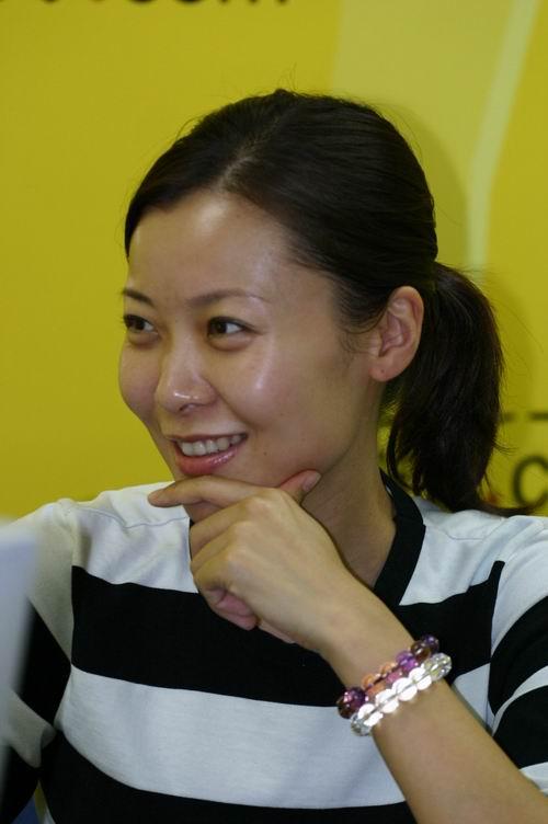 日韩av无码内射中出_著名主持人柯蓝在《惊情神农架》中出演女一号
