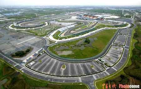 图文:国际赛车场航拍图