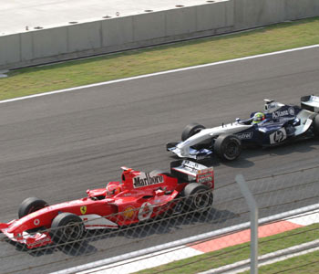 图文:F1大奖赛中国站 舒马赫兄弟之争二