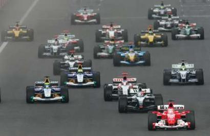 图文:F1大奖赛中国站 万箭齐发