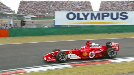 图文:巴里切罗获F1中国站冠军