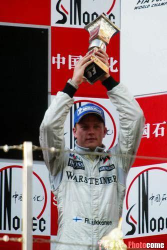 图文:F1大奖赛中国站 莱克宁获得第三