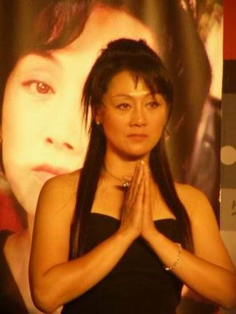 图文:金鹰电视节 王姬感谢媒体支持-5