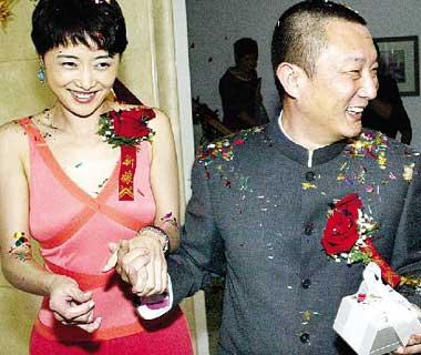 《军人机密》促成一段姻缘 刘蓓昨当新娘(图)