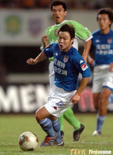图文:深圳1-0青岛